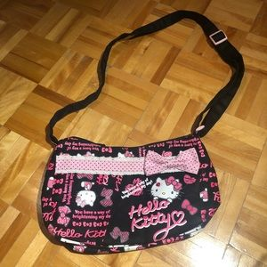 RARE AUTHENTIC HELLO KITTY HAND BAG PURSE. 😻